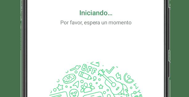 Instantes antes de finalizar la instalación de WhatsApp para Android