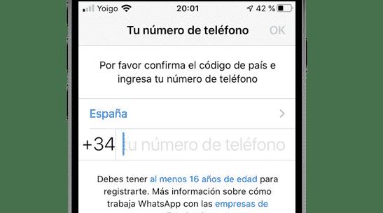 Introducir número de teléfono para registrarse en WhatsApp de iPhone